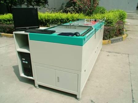 太阳电池组件测试台
